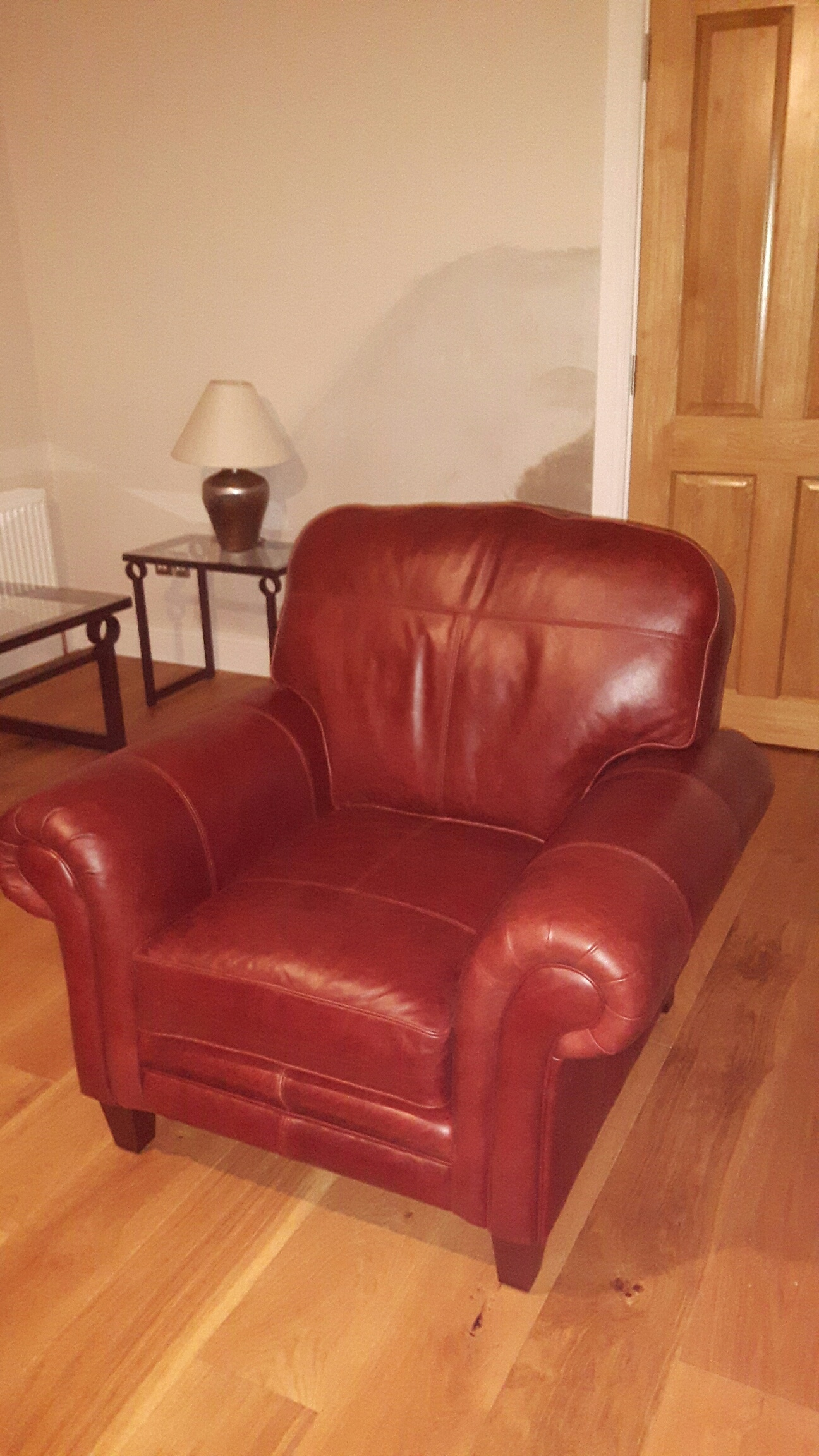 Leather Louis Chair - Mustang Chestnut