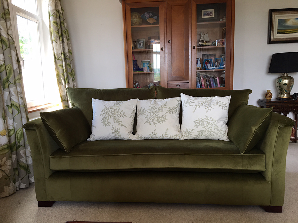 Monroe Large sofa with Bench seat in Luxor Artichoke