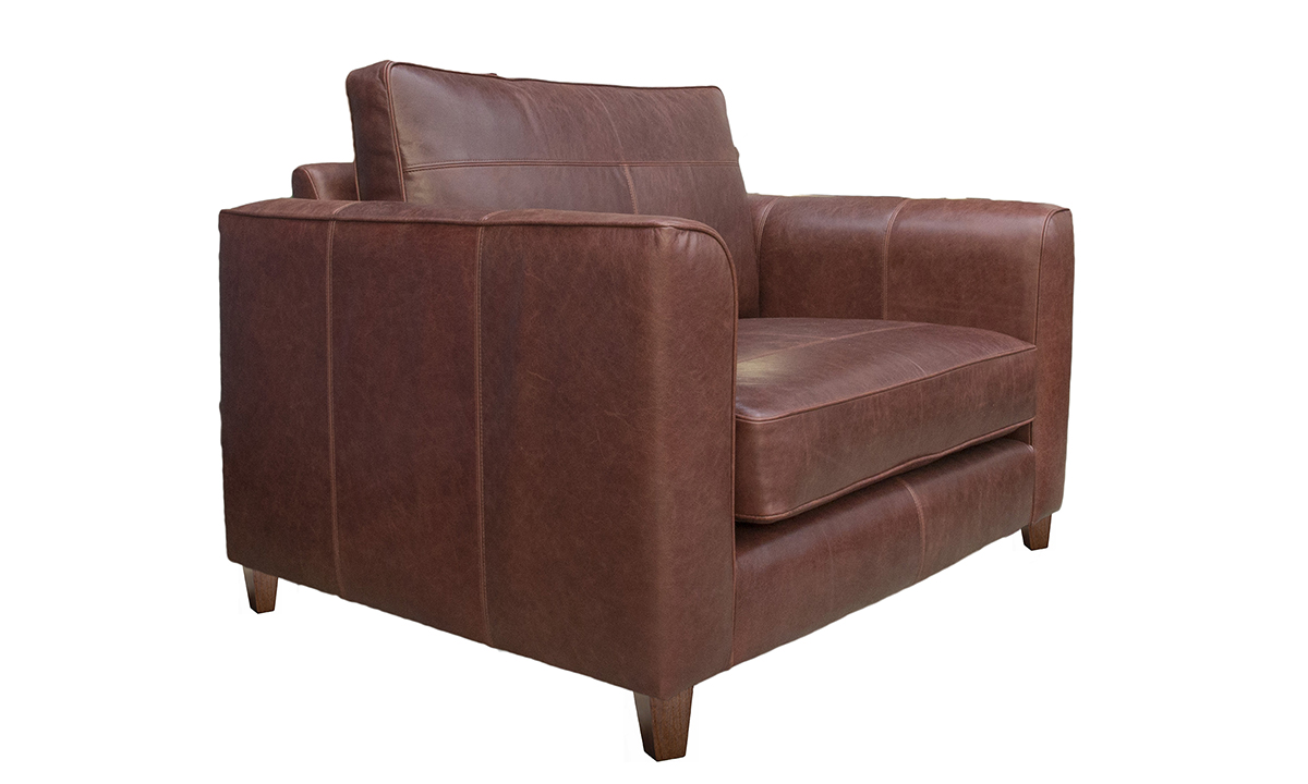 Leather Nolan Love Seat in Mustang Chestnut
