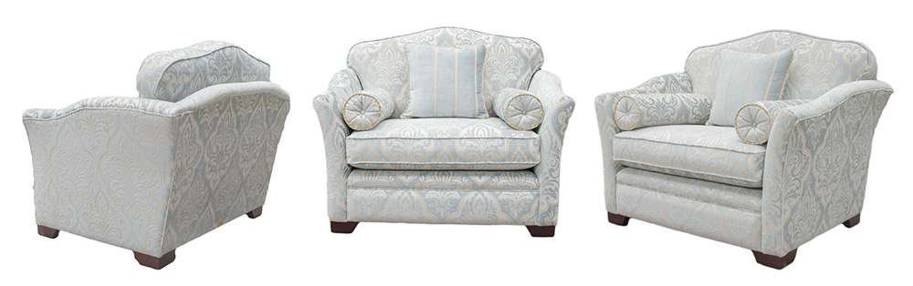 Othello Love Seat in Platinum Collection Fabric