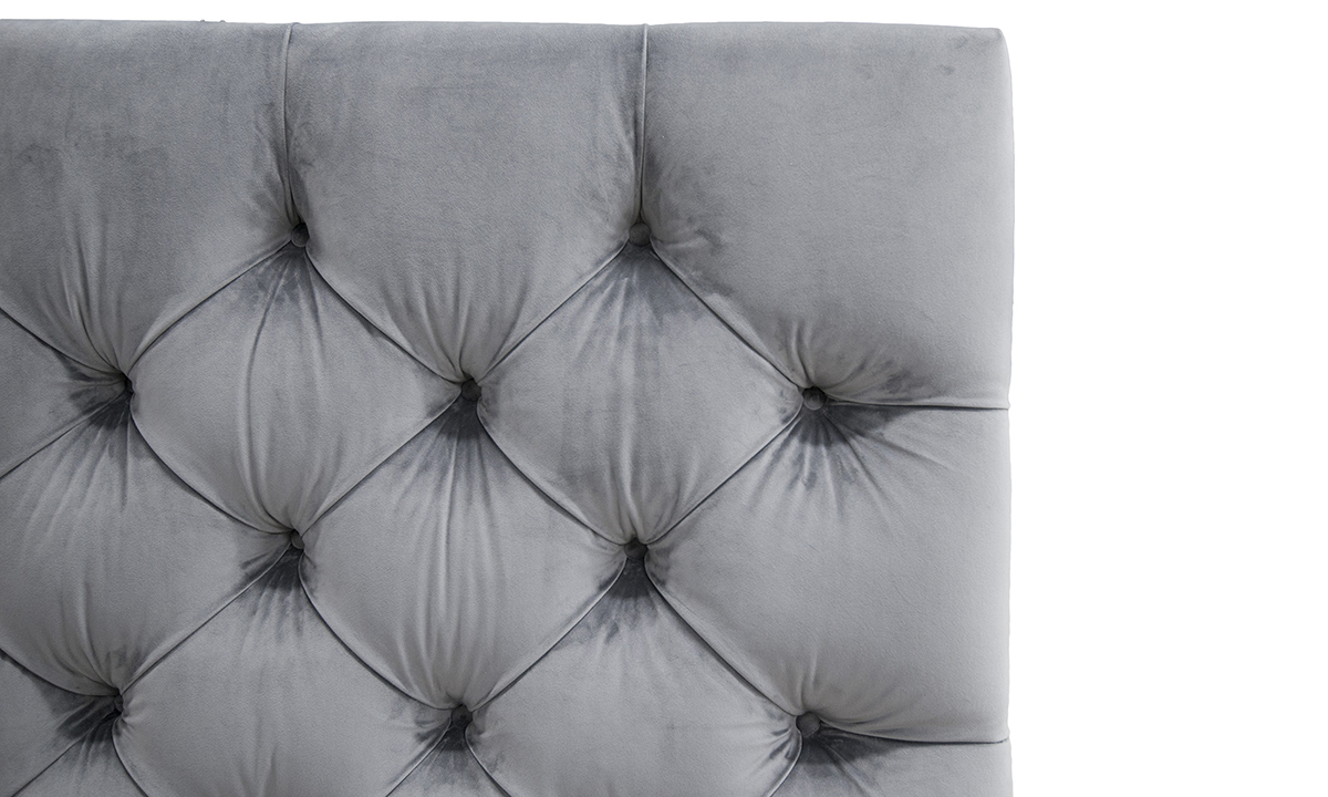Deep-Button-5ft-Headboard-Close-Up-in-Luxor-Dolphin-Silver-Collection-Fabric